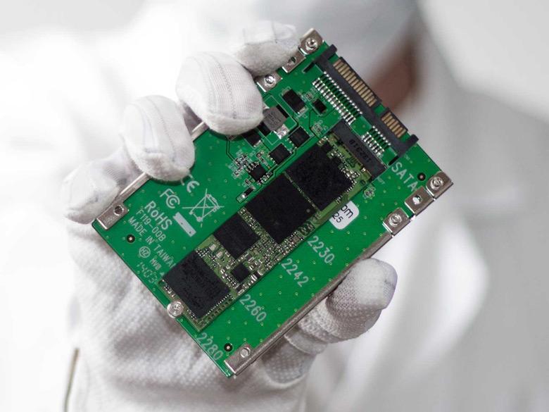Эти контроллеры используются многими производителями SSD