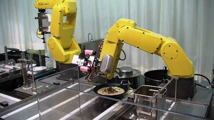 «Приятного аппетита, землянин». Рестораны, где вас накормят роботы - 7