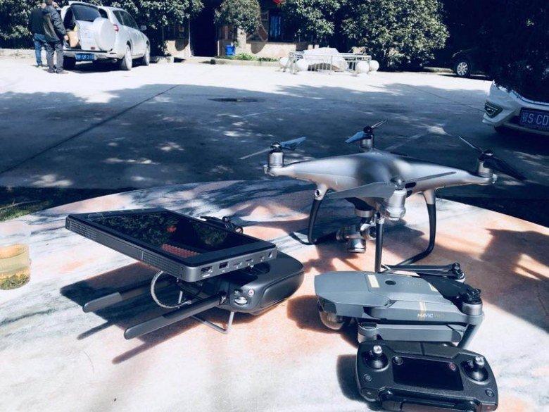 Дрон DJI Phantom 5 с камерой со сменными объективами