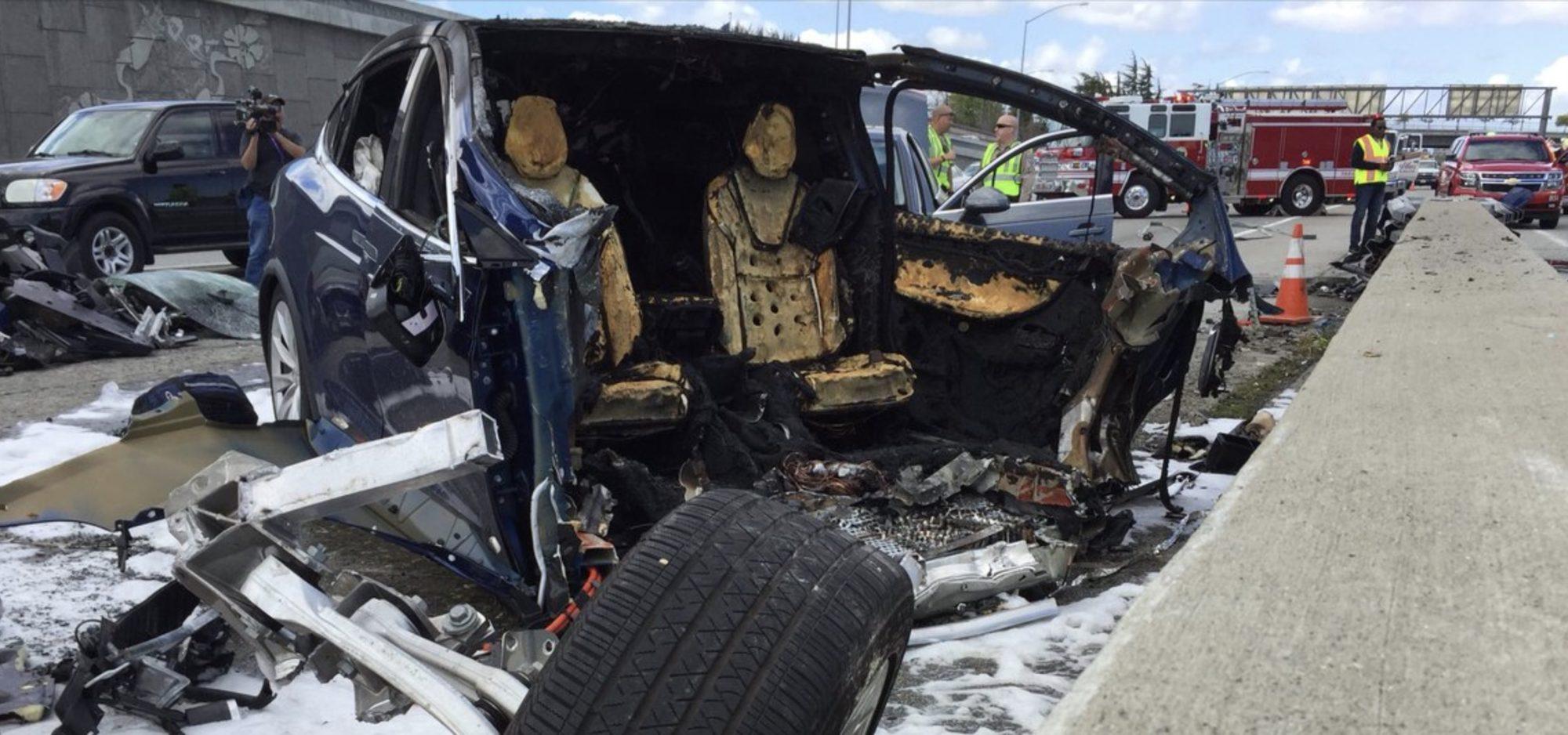 Предварительный ответ Tesla на последнее ДТП, где погиб водитель - 1
