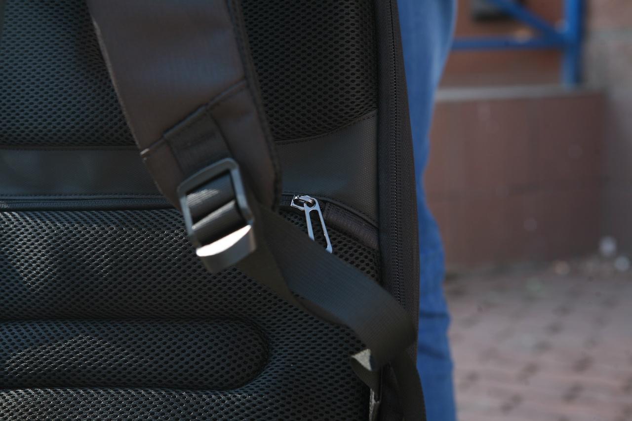 Еще один рюкзак-антивор к новому сезону прогулок в городе - 14