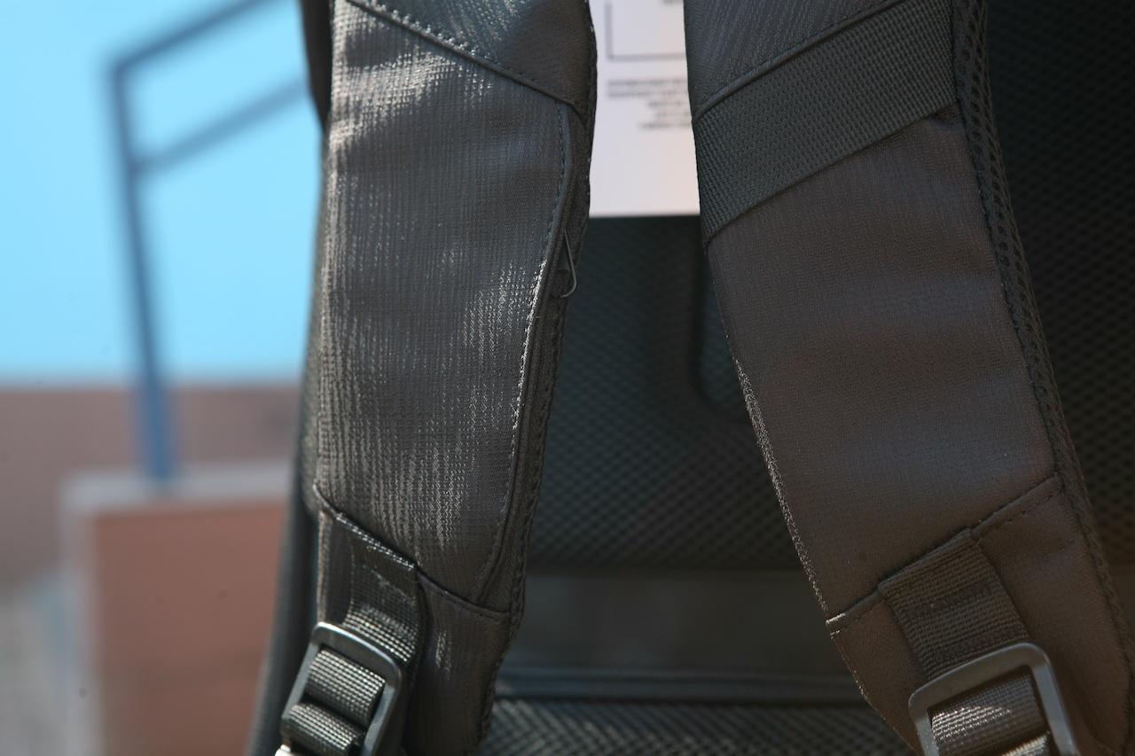 Еще один рюкзак-антивор к новому сезону прогулок в городе - 16