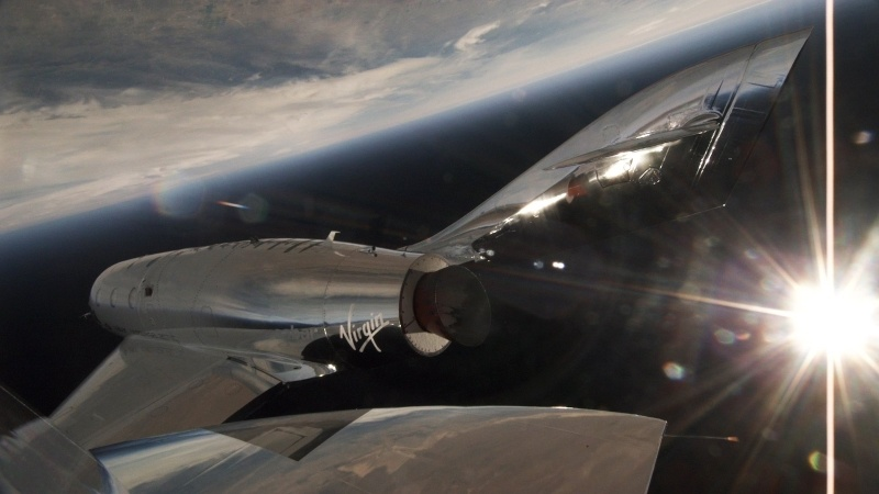 Первые испытания со включением двигателя второго SpaceShipTwo - 3