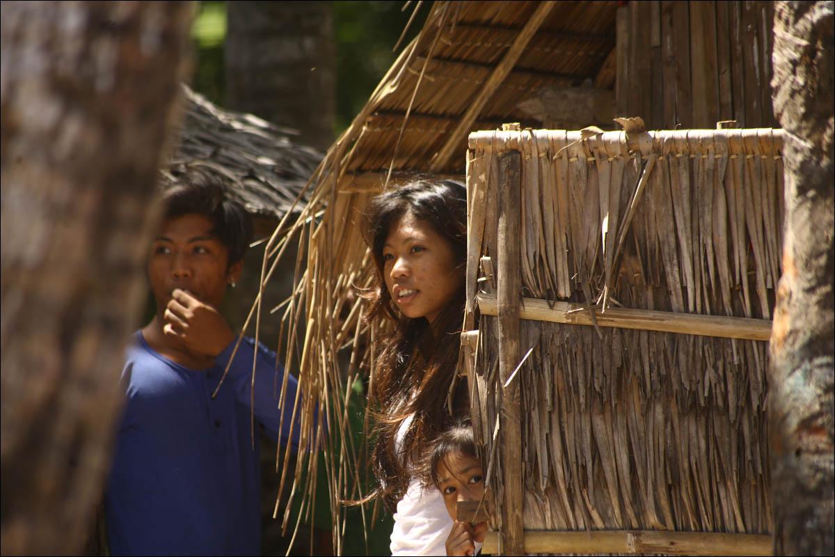 Филиппины: как на малых островах живут люди, которым не особо нужны современные технологии - 2