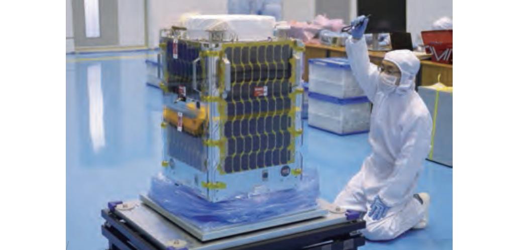 Canon осваивает космос - 1