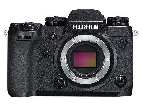Модели GFX 50S обновление принесет совместимость с новым объективом GF 250mm F4 R LM OIS WR