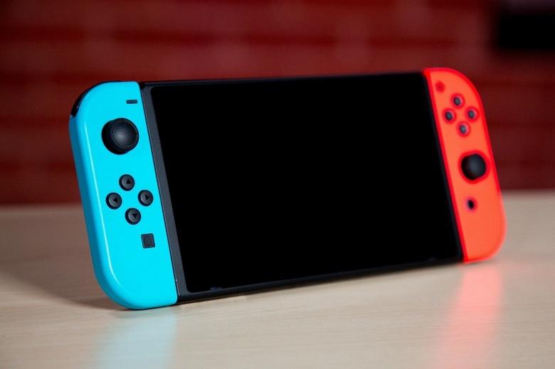 За год консоль Nintendo Switch в Японии разошлась тем же тиражом, что и Sony PS4 за 38 месяцев - 1