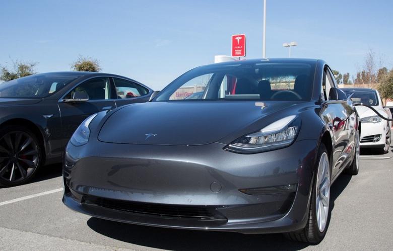 Маск придумал новую причину, мешающую наращивать выпуск Tesla Model 3