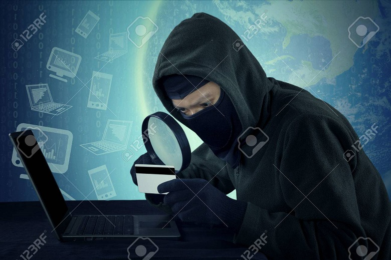 Изобретен метод кражи данных через кабель питания компьютера