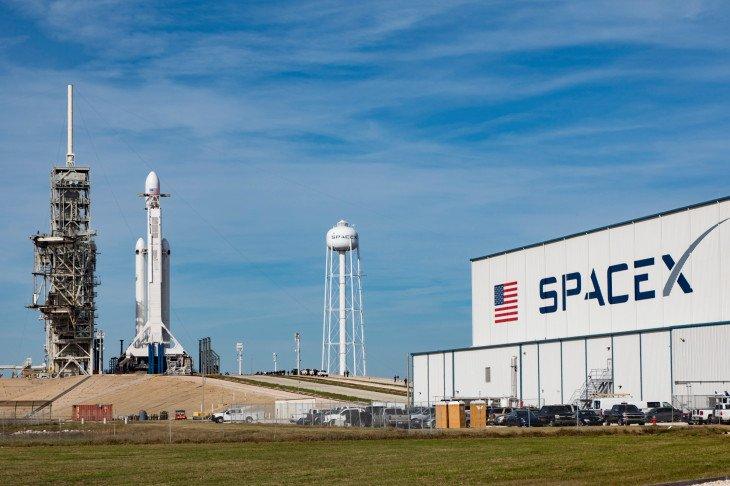 Стоимость SpaceX увеличилась до 25 млрд долларов - 1