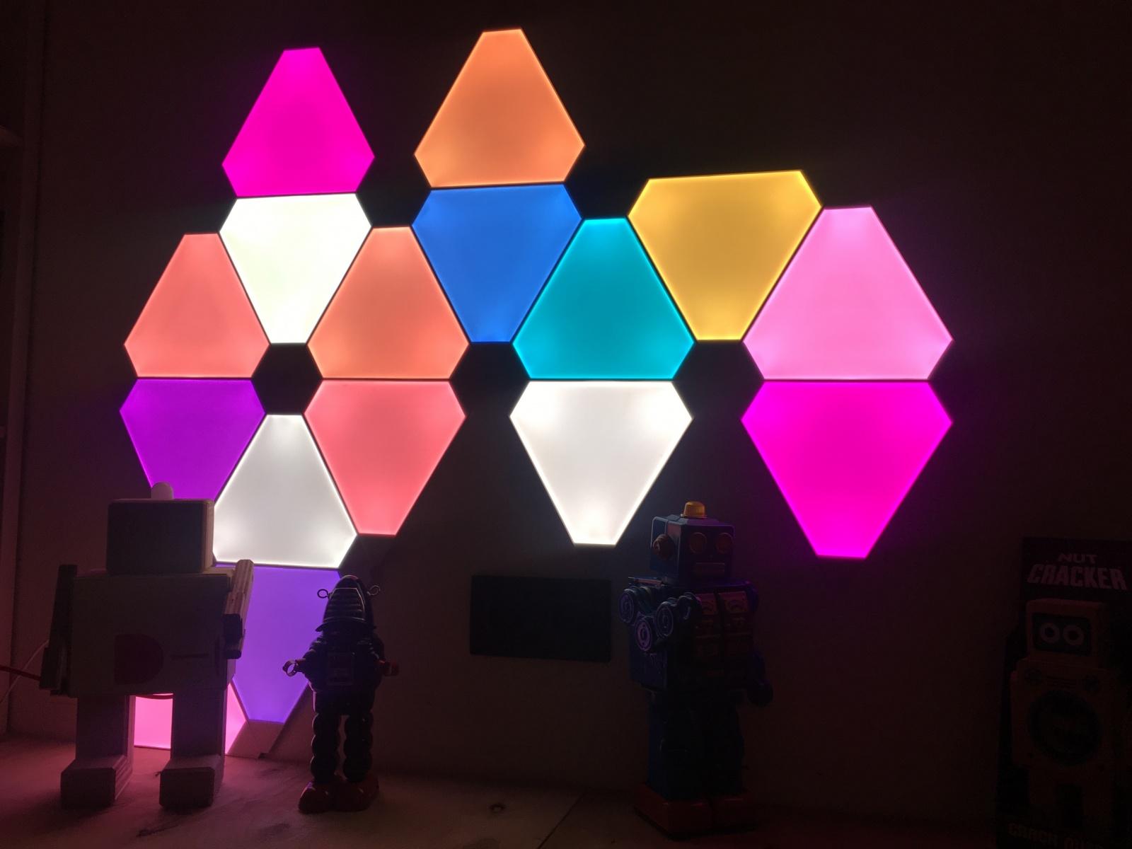 Nanoleaf Aurora — умная система освещения для дома или офиса - 1