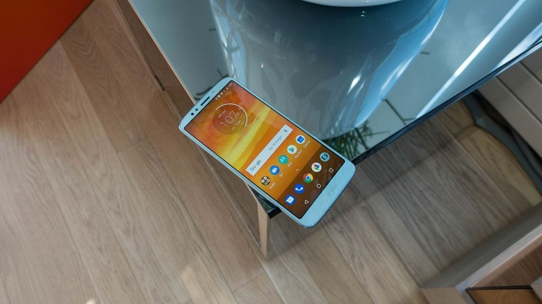 Смартфоны Motorola Moto E5 и Moto E5 Plus порадуют ёмкими аккумуляторами - 1