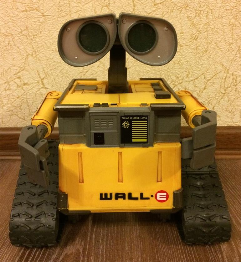 WALL-E на базе Arduino UNO c управлением по Bluetooth - 1