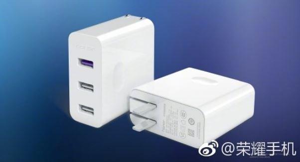 Быстрое зарядное устройство Honor оценено в $24