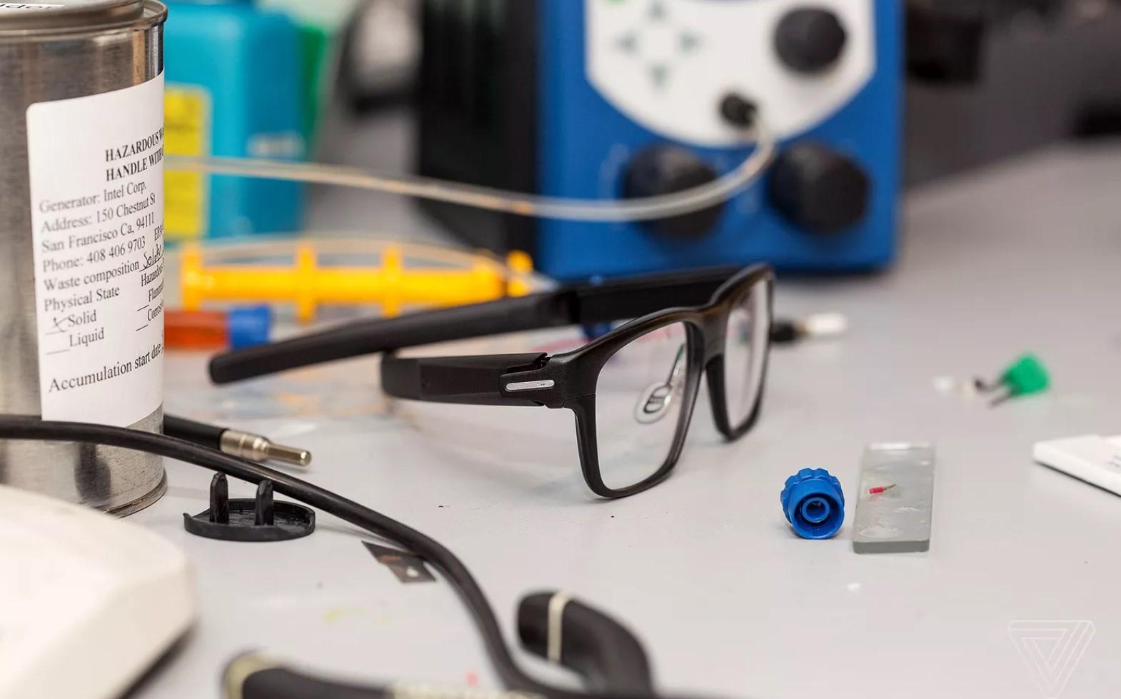 Intel закрывают проект умных очков Vaunt вместе со всем подразделением New Devices Group - 1