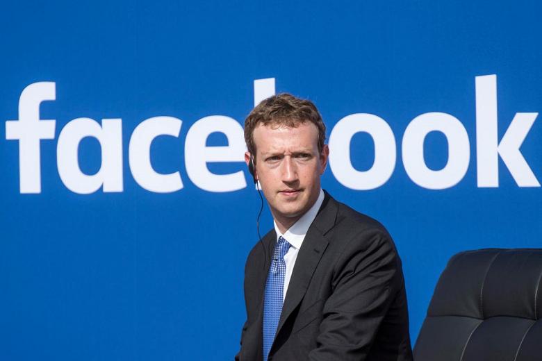 Умные АС Facebook задерживаются до октября 2018