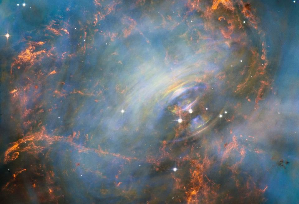 Спросите Итана: как вращение влияет на форму пульсаров? - 4