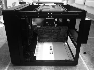 Модульный компьютер на КР1801ВМ2 в корпусе Mini-ITX - 1