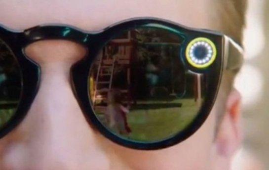 Snapchat будет продавать очки со встроенной камерой