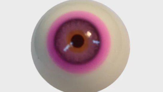 Новые контактные линзы помогают корректировать цветную слепоту