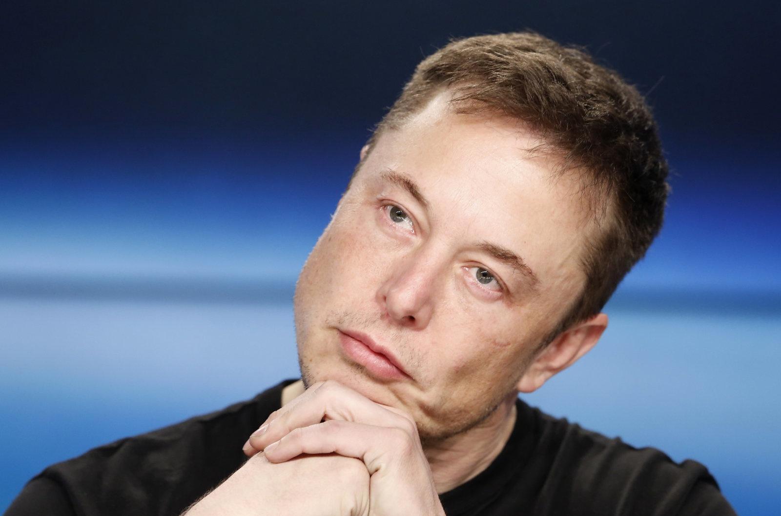 Илон Маск собирается начать производить … конфеты - 1