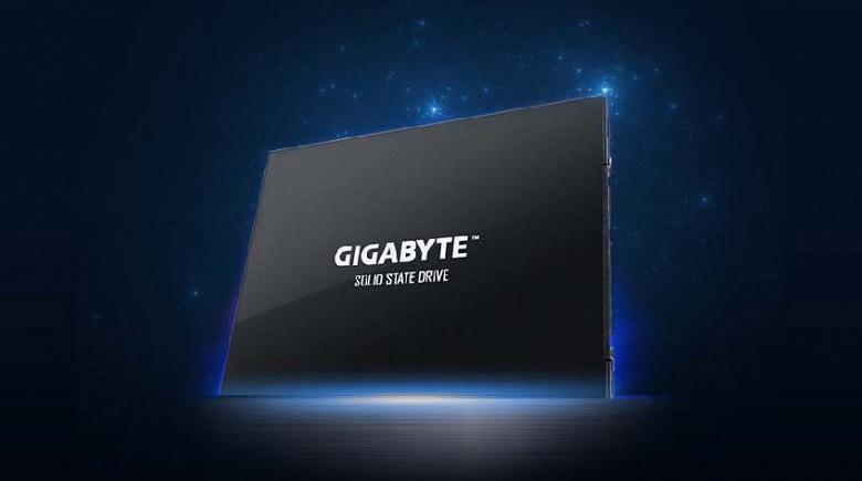 Твердотельный накопитель Gigabyte UD PRO объемом 512 ГБ стоит 120 долларов