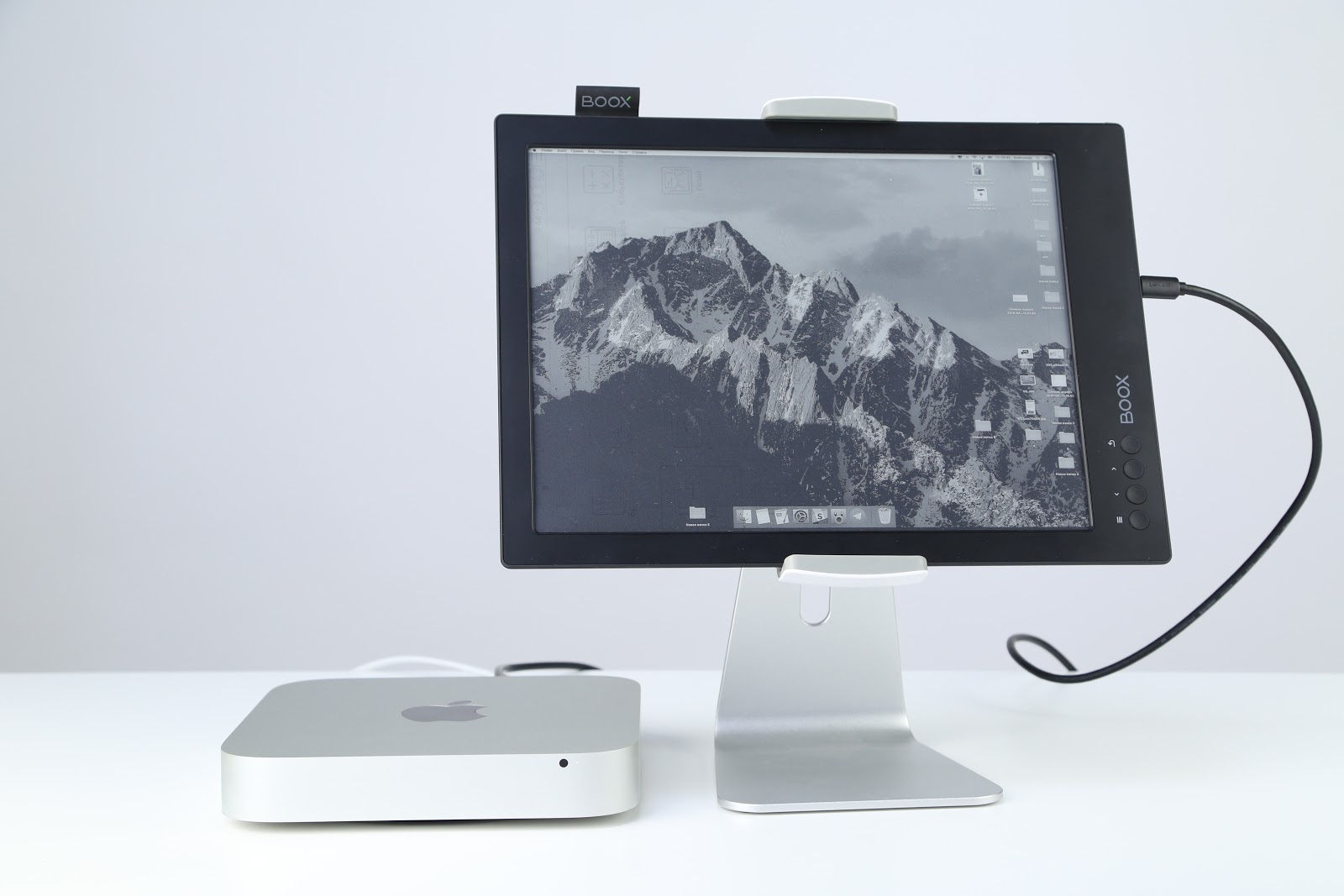 Каждый ридер хочет стать монитором: обзор ONYX BOOX MAX 2 - 1