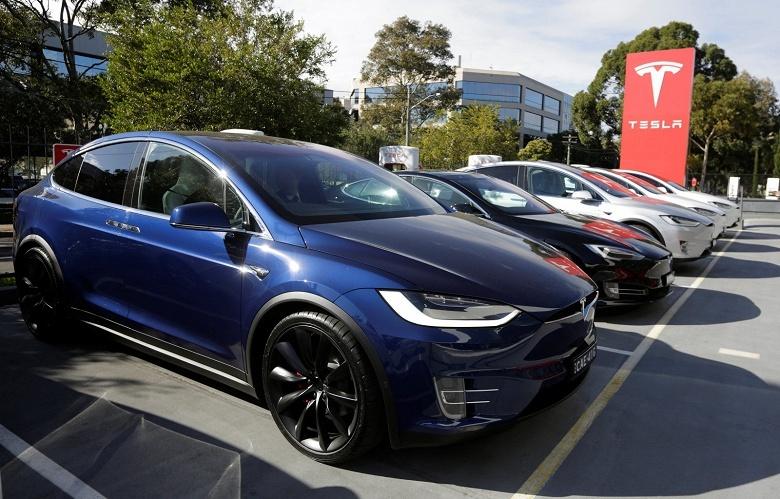 Tesla опубликовала исходный код ПО своих автомобилей