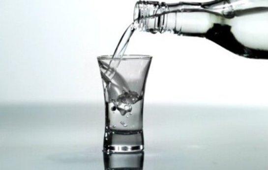 Ученые рассказали, в каком возрасте увеличивается риск развития алкоголизма и наркотической зависимости