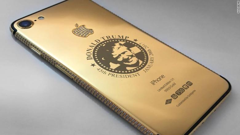 Президент США пользуется двумя смартфонами iPhone, не сильно думая о безопасности личных данных