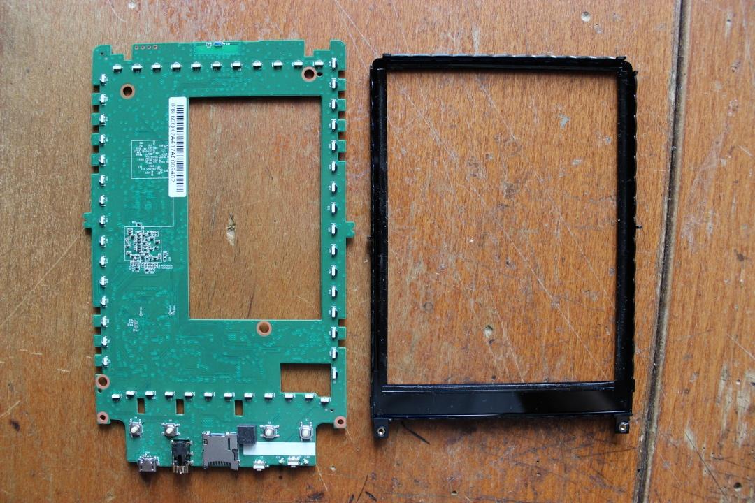 Суровый хенд-мейд от инженера-электронщика: разбираем PocketBook 631 Plus и оснащаем его солнечной батареей - 25