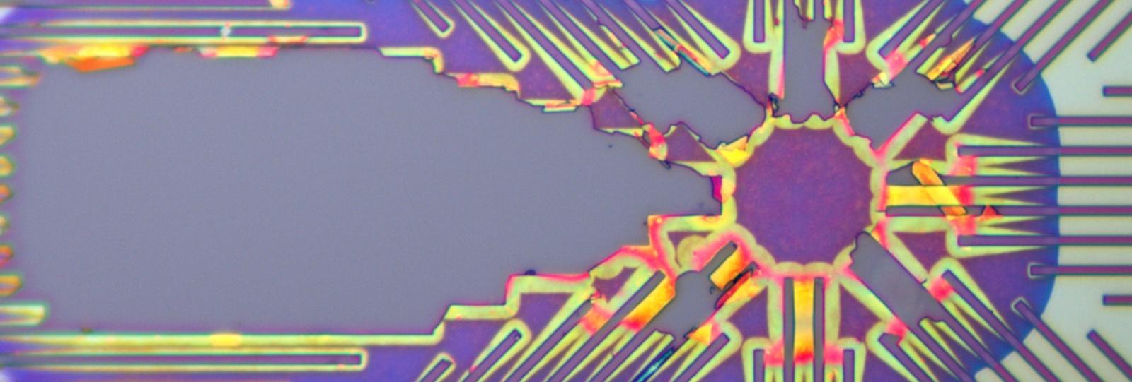 Внутренности SDR чипа AD9361 — когда микроэлектроника выгоднее наркоторговли - 1