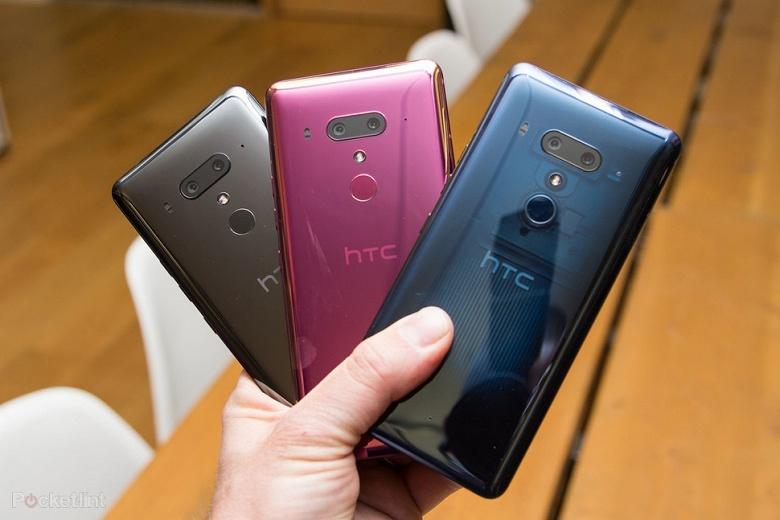 HTC объяснила, почему не добавила смартфону U12+ поддержку беспроводной зарядки
