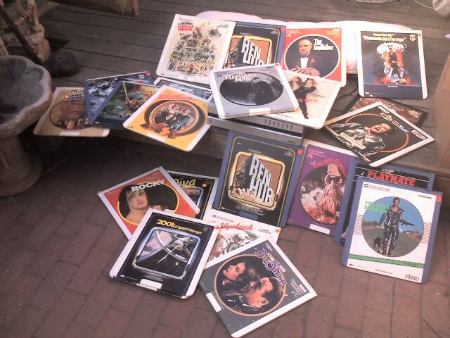 Кино на пластинках: история видеодисков CED - 2