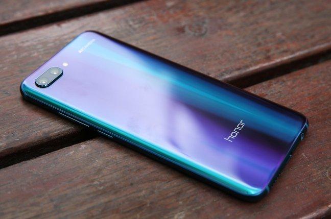 Появились характеристики смартфона Huawei Honor 10 Lite
