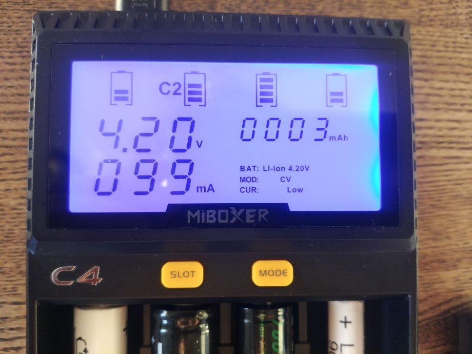 Заряжаем АА, ААА и другое цилиндрическое и аккумуляторное - 11