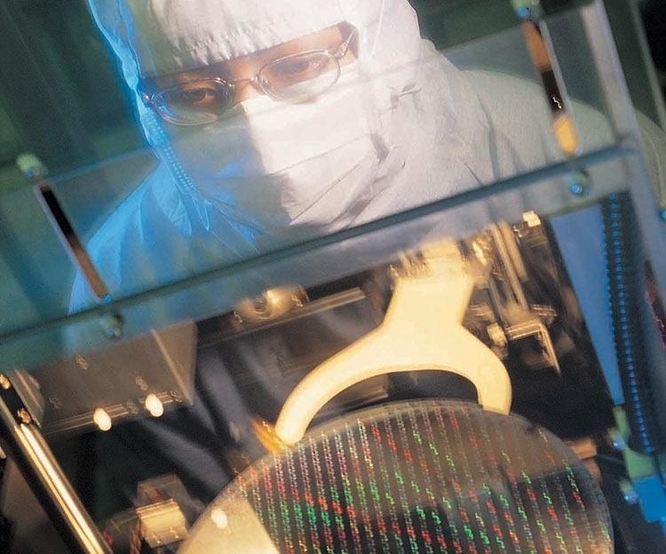 GlobalFoundries подтвердила, что не сможет обеспечить все 7-нм заказы AMD