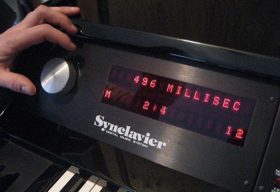 Самые необычные музыкальные инструменты: орган Хаммонда, Vako Orchestron и Synclavier - 1