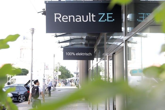 Renault открыла концептуальный шоурум для электромобилей в Берлине