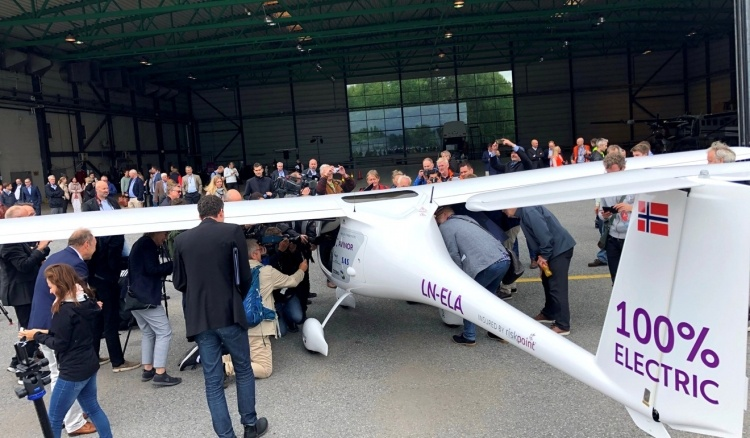 В 2025 году Норвегия начнёт переход на электрические самолёты для пассажирских перевозок
