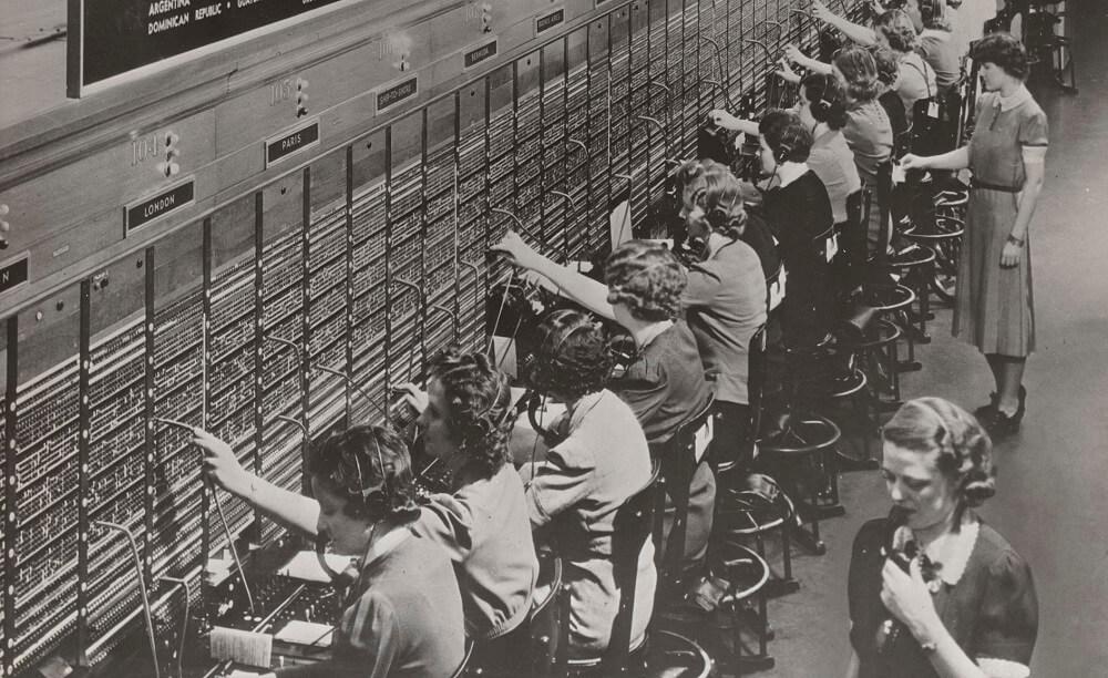 История развития колл-центров, или как технологии изменили работу операторов с клиентами - 1