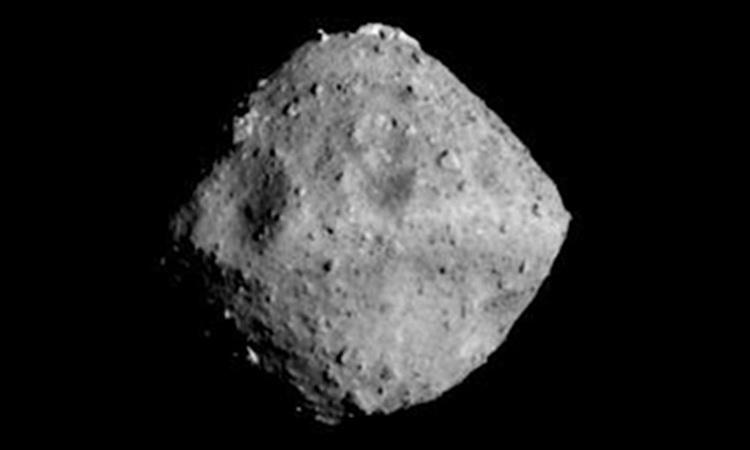 Японский зонд Hayabusa 2 достиг астероида Рюгу