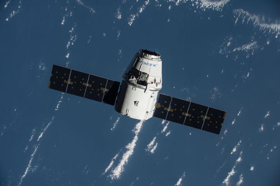 SpaceX отправила на МКС робота с искусственным интеллектом - 2