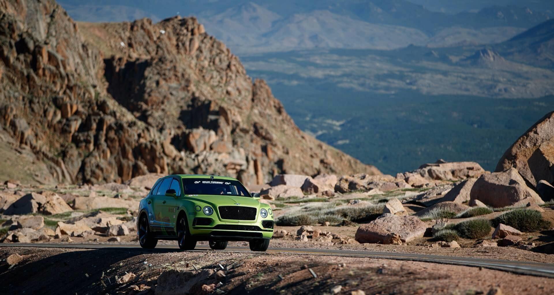 Рекордный заезд Bentley Bentayga на Пайкс Пик: полный онборд
