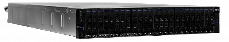Массивы IBM FlashSystem 9100 включают только твердотельные накопители