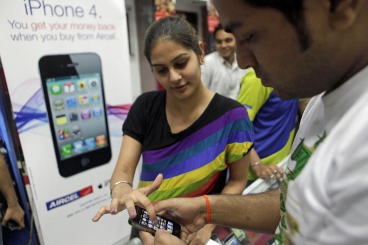 Apple уволила трёх топ-менеджеров из-за слабых продаж iPhone в Индии
