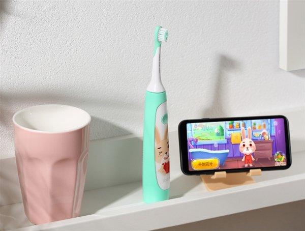 Детская зубная щетка Xiaomi превращает уход за зубами в игру
