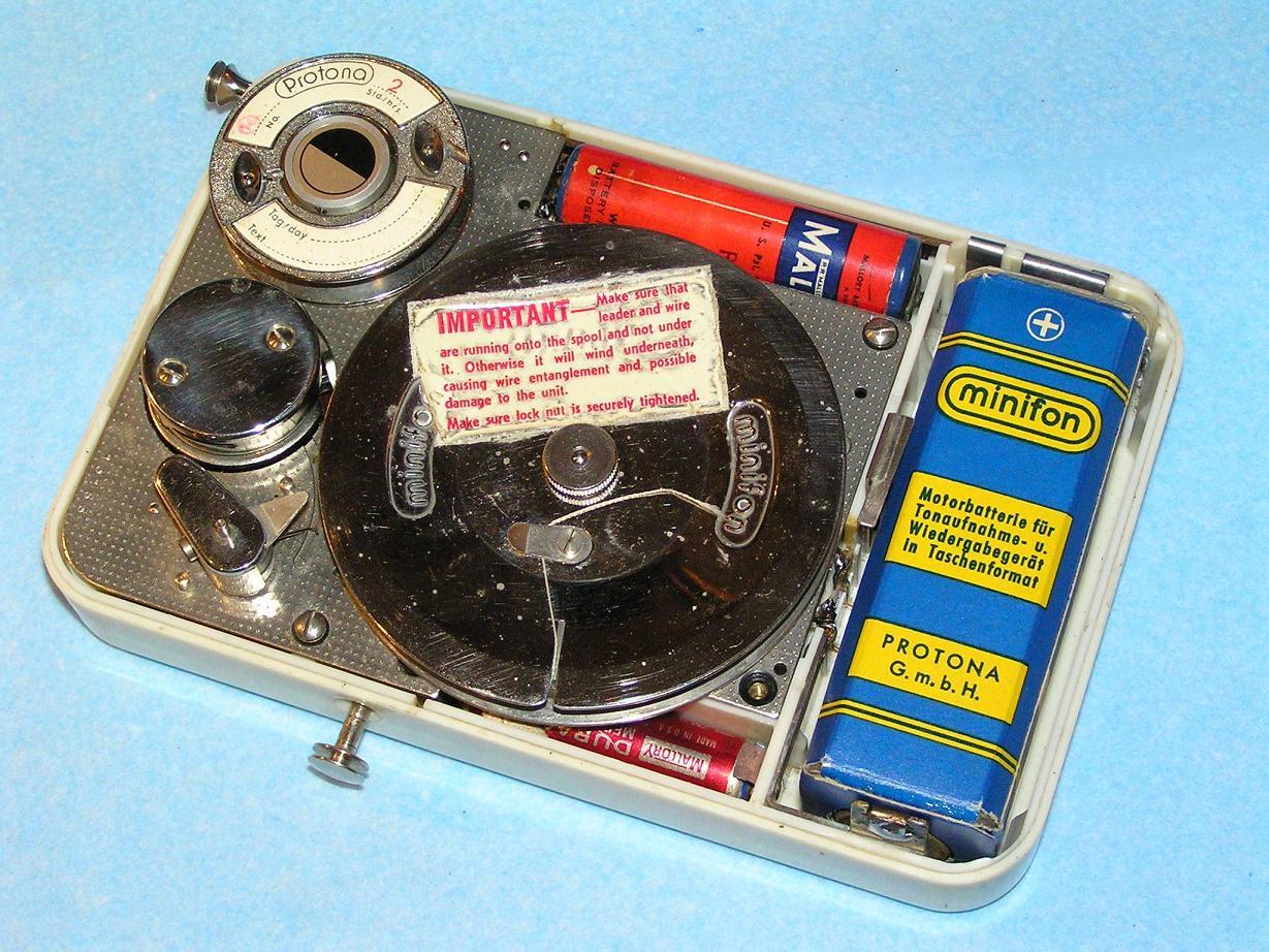 Аудиогаджет специального назначения: диктофон Штирлица, его реальный прототип и смелое историческое моделирование - 10