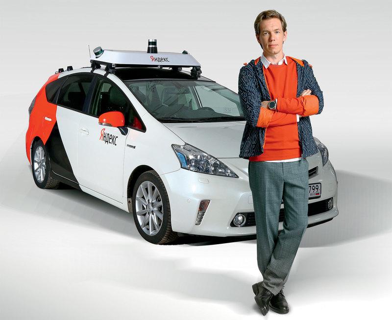 Беспилотный автомобиль Yandex: городской тест-драйв