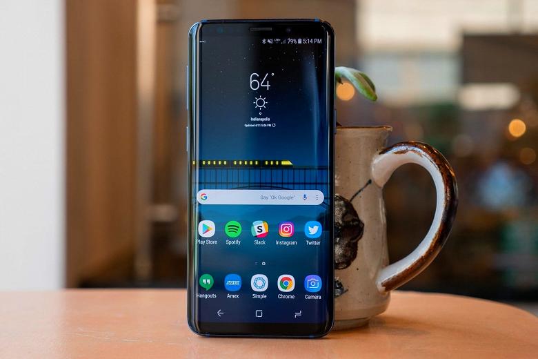 Подразделение мобильных устройств Samsung за год ухудшило показали на 34%